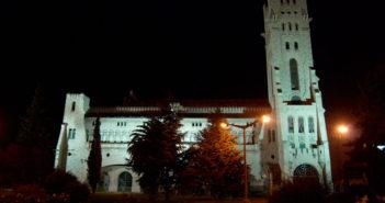 Por el castillo